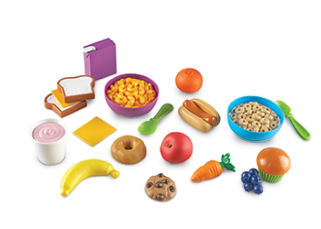 TODDLER TREATS PLAY FOOD SET